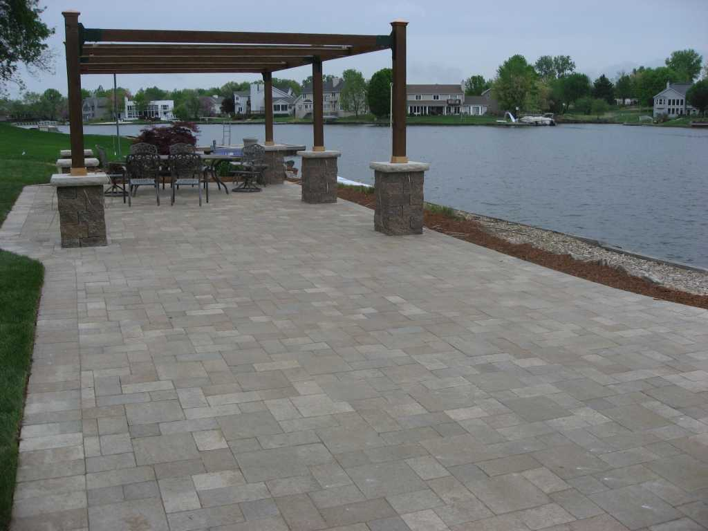 romanstone_Pre-Ledge-Rock_bethany_ledge_timberwood_blend.jpg