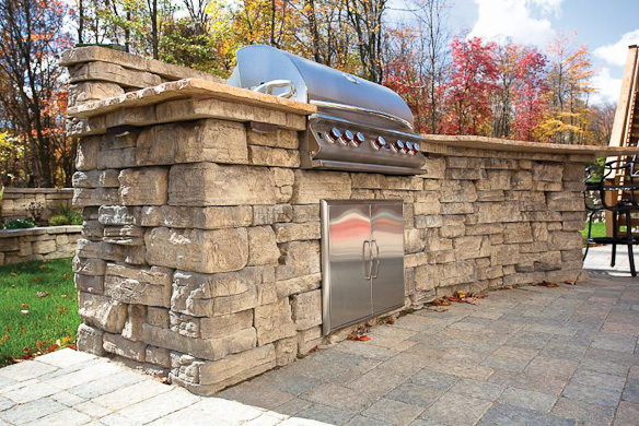 Rosetta_Belvedere_outdoor_kitchen_grill-2.jpg