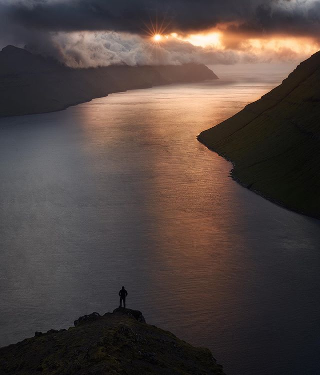 The Faroes are such a vast and awesome country to visit.  Thanks for posing for us @madspeteriversen_photography #faroes #faroeislands #faroe_islands #landscape_love #travel_captures #travelphotohraphy