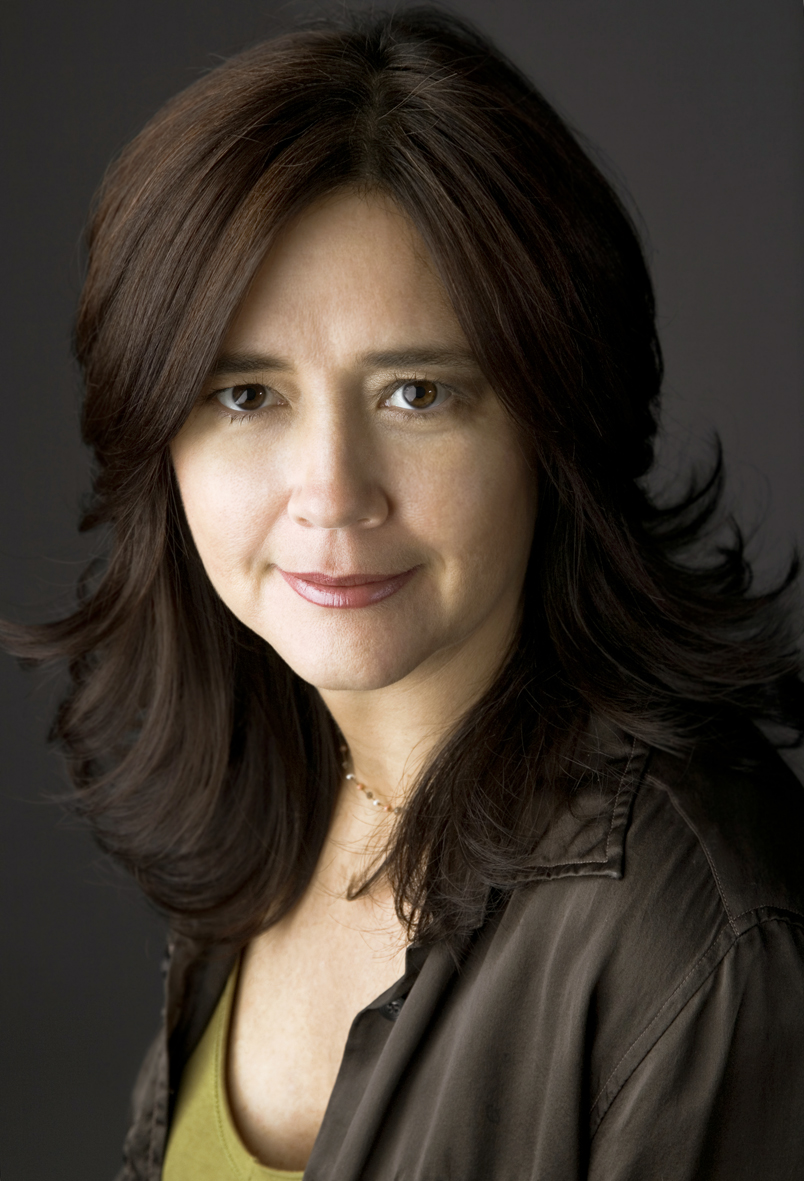 Ana Fragoso Headshot.jpg