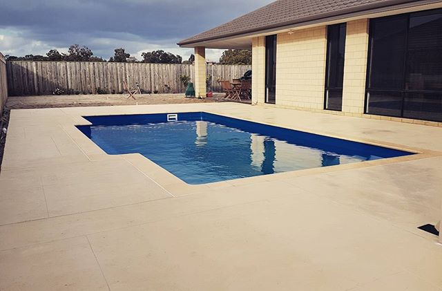 Liquid Limestone around Pool Completed in The Vines today 😎  Very happy clients as they have waited 10 months for this day after their first contractor took their money and ran