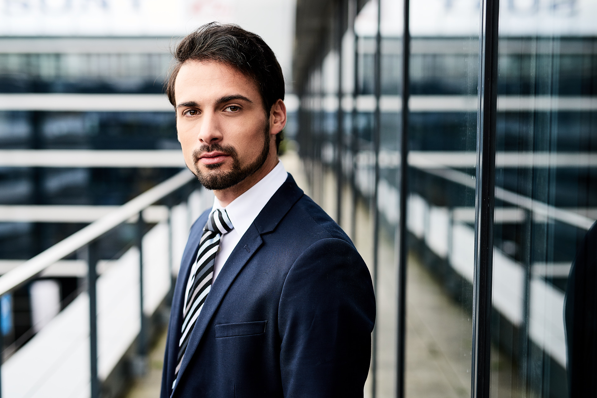 BusinessPortraits-FreiesShooting-MarkusSchnabl_064@jhoferfoto.at_web.jpg