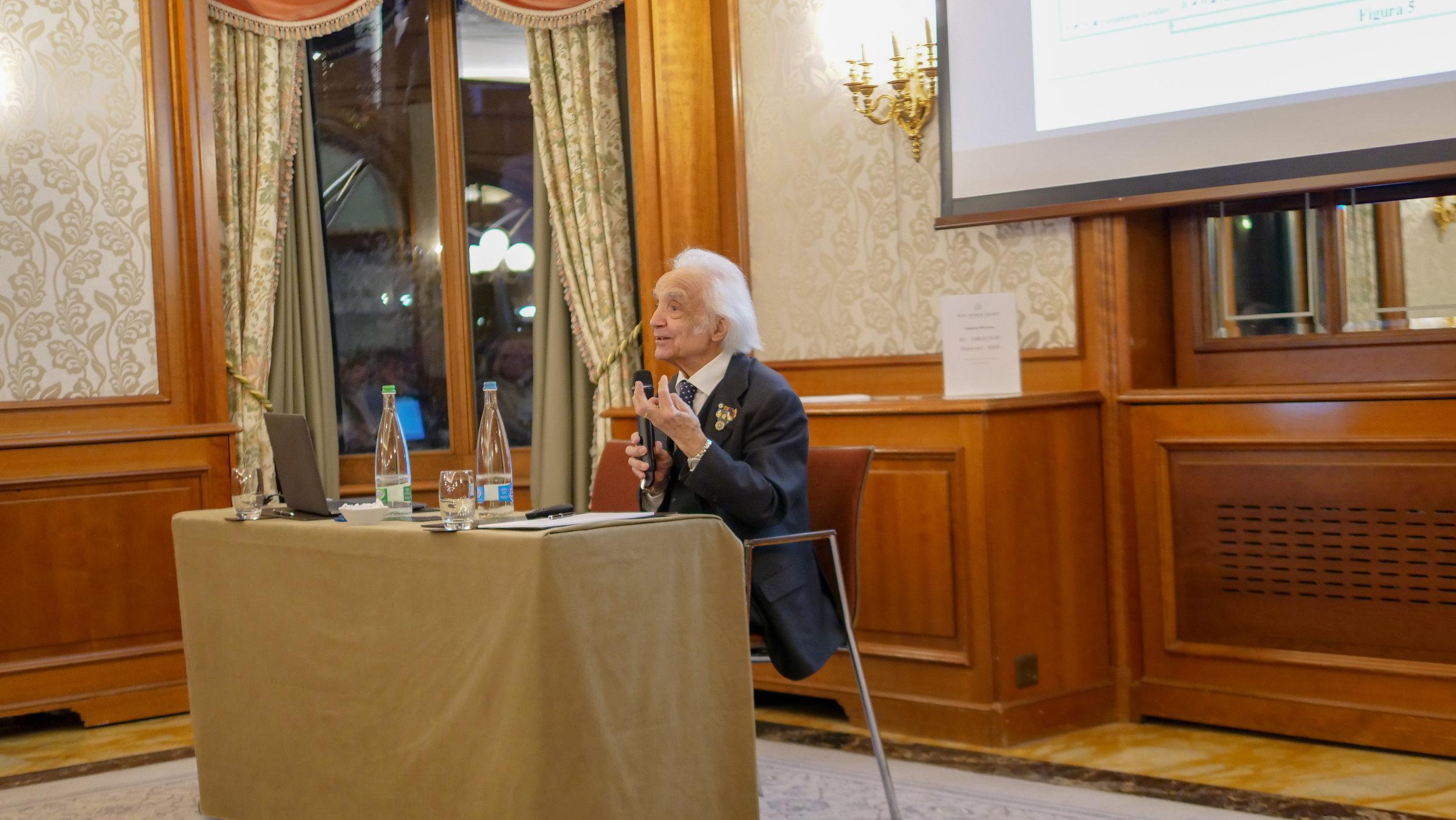 Conferenza 11.04 - A.Zichichi - 42.jpg