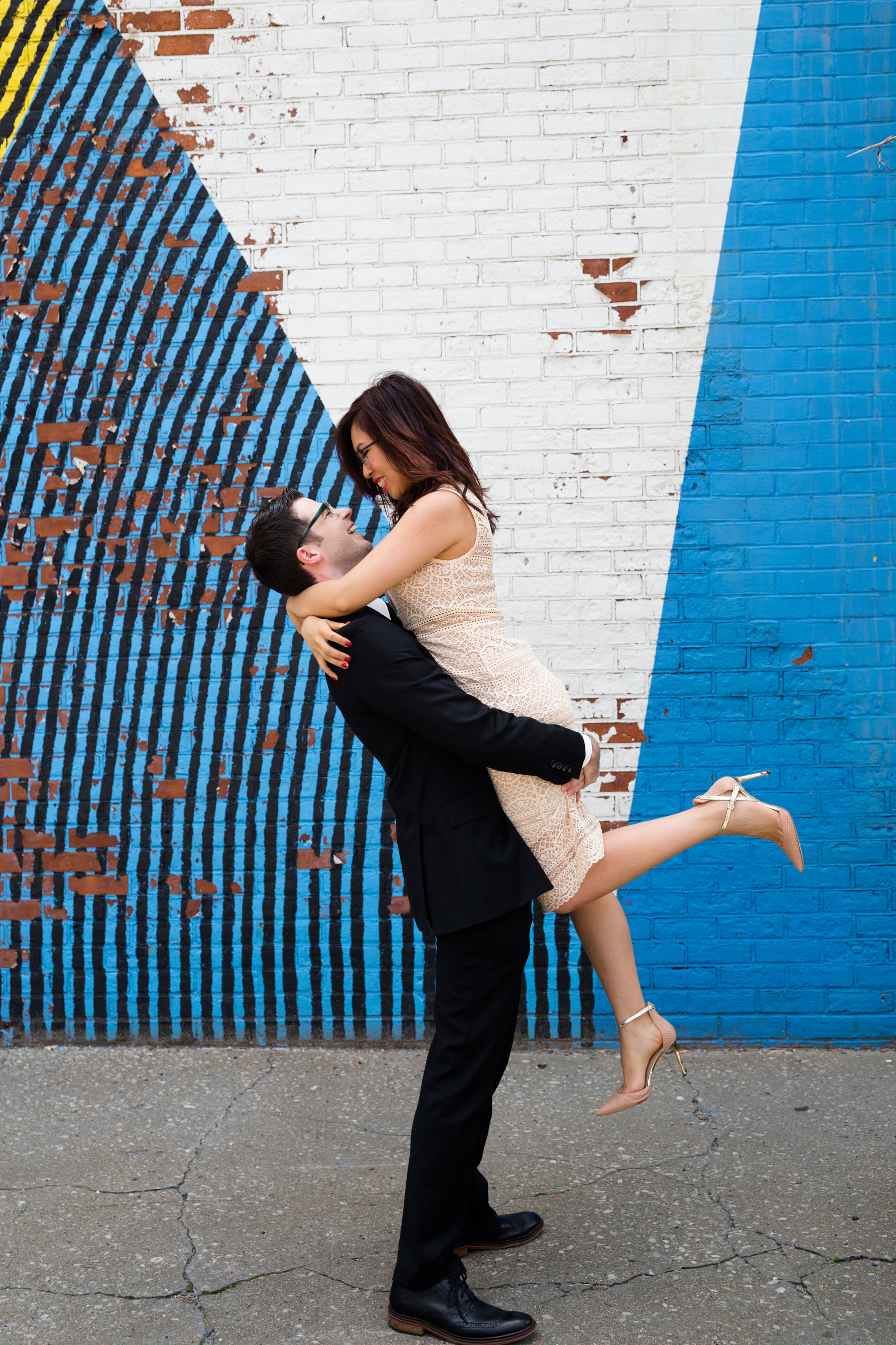 DUMBO Brooklyn engagement.jpg
