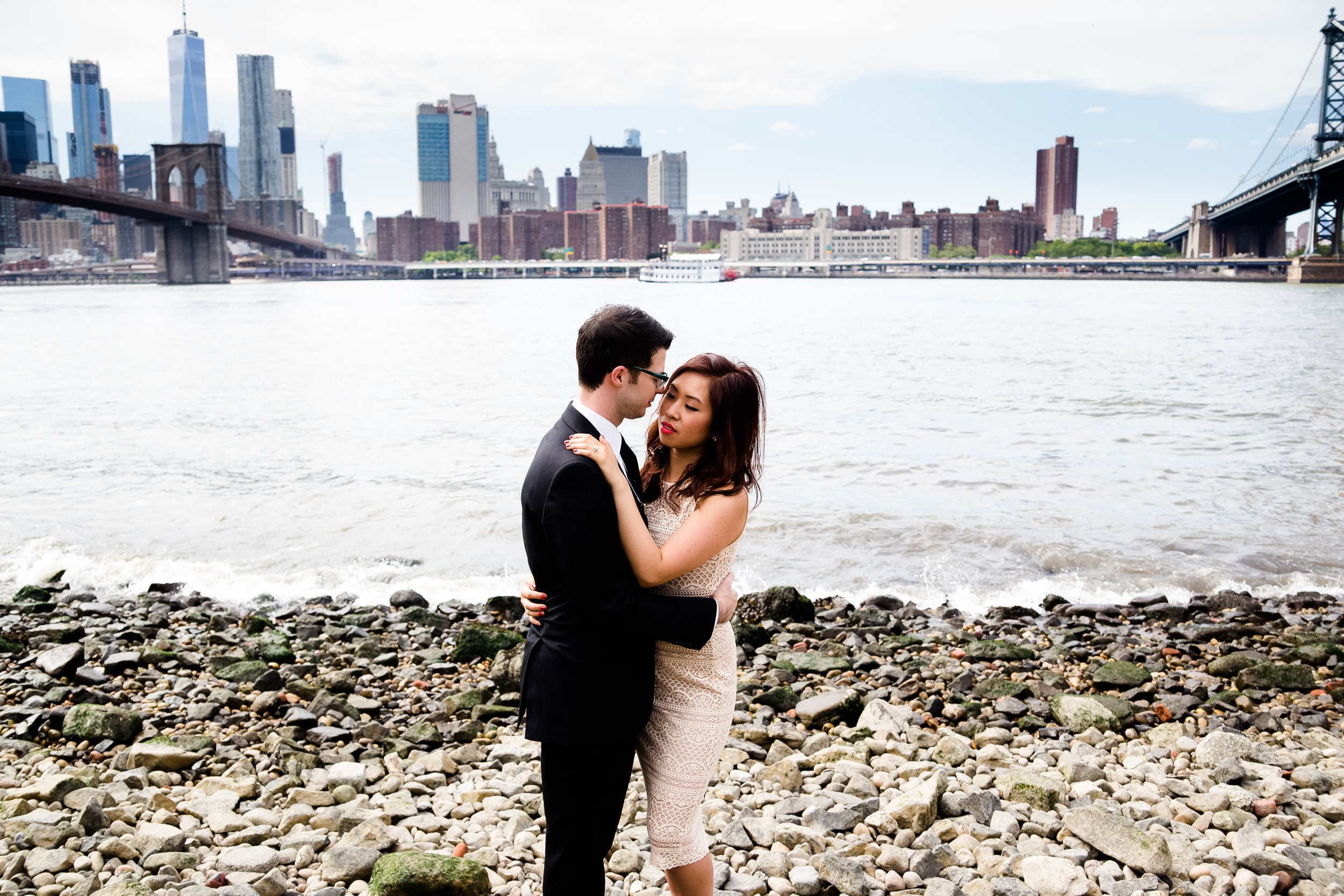 Brooklyn Bridge Park engagement.jpg