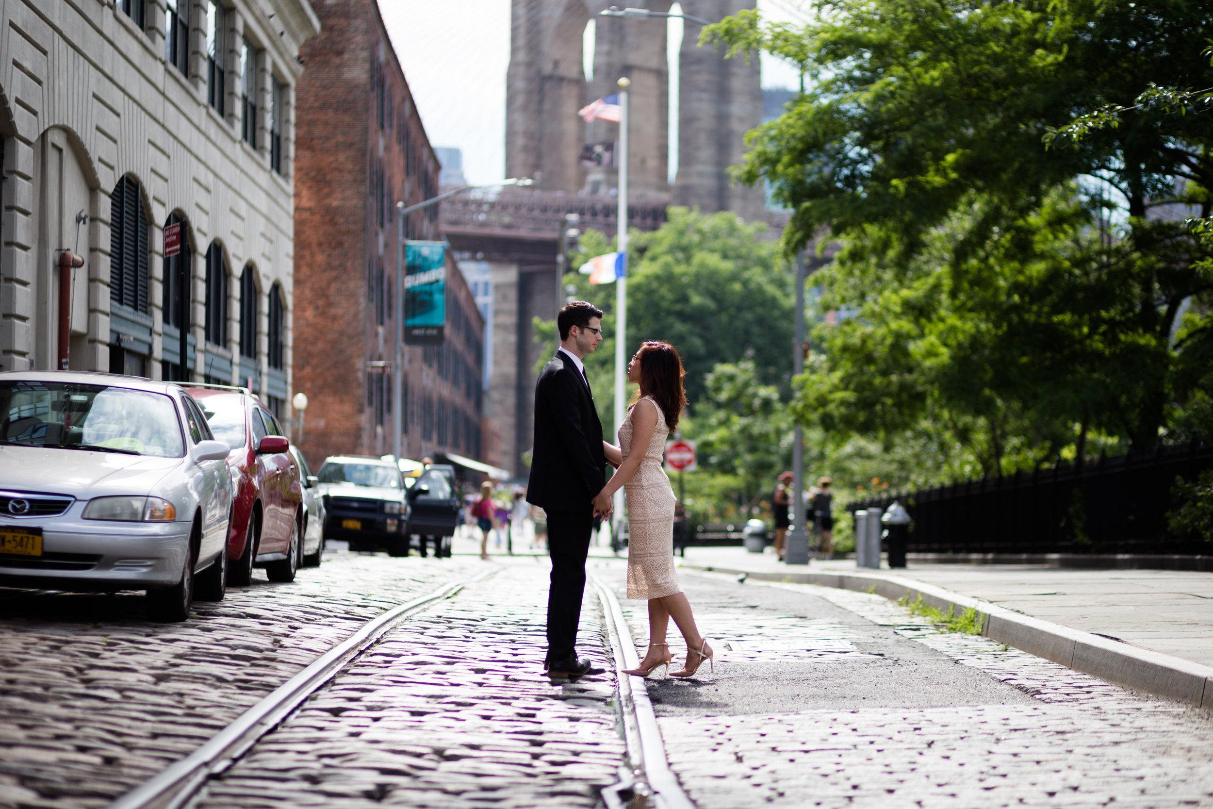Brooklyn Bridge engagement.jpg