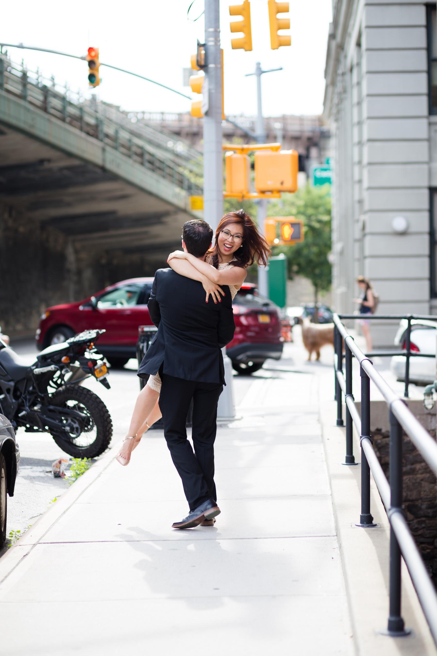 Brooklyn Bridge DUMBO engagement.jpg