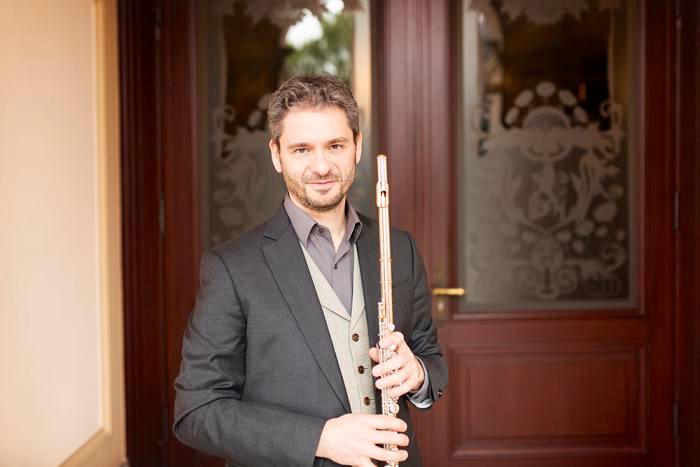 Aldo Baerton, flutist