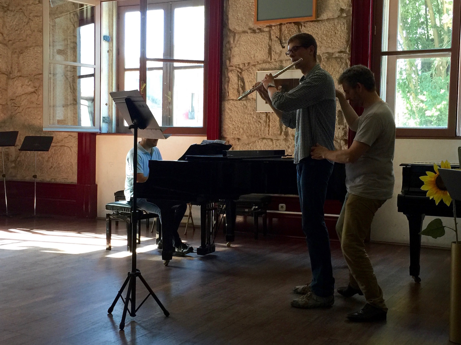 Professor Aldo Baerten working with Constantino Dykiy at the 4th Summer Flute Academy.