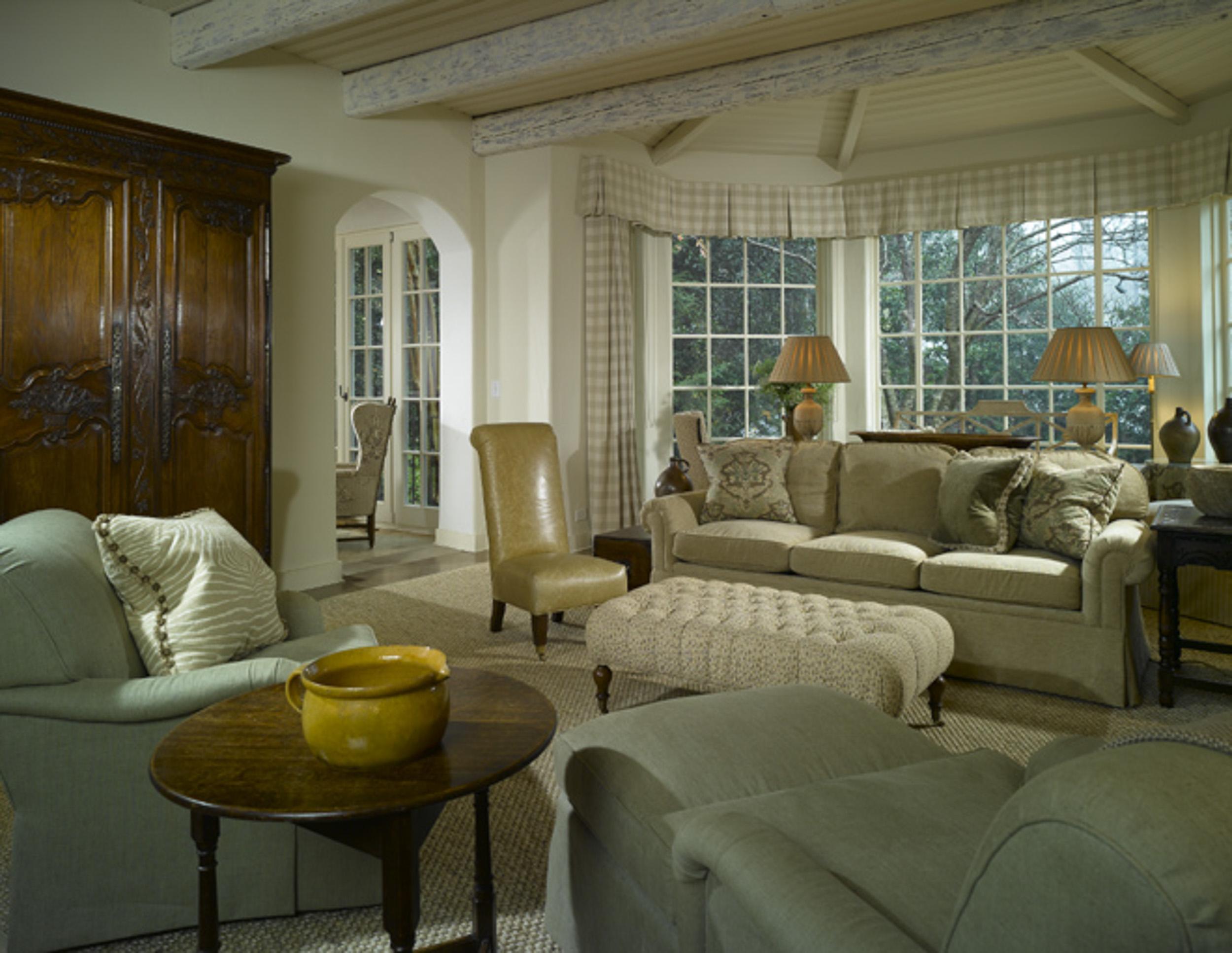 Brookhaven-Residence-Living-Room-www.jpg