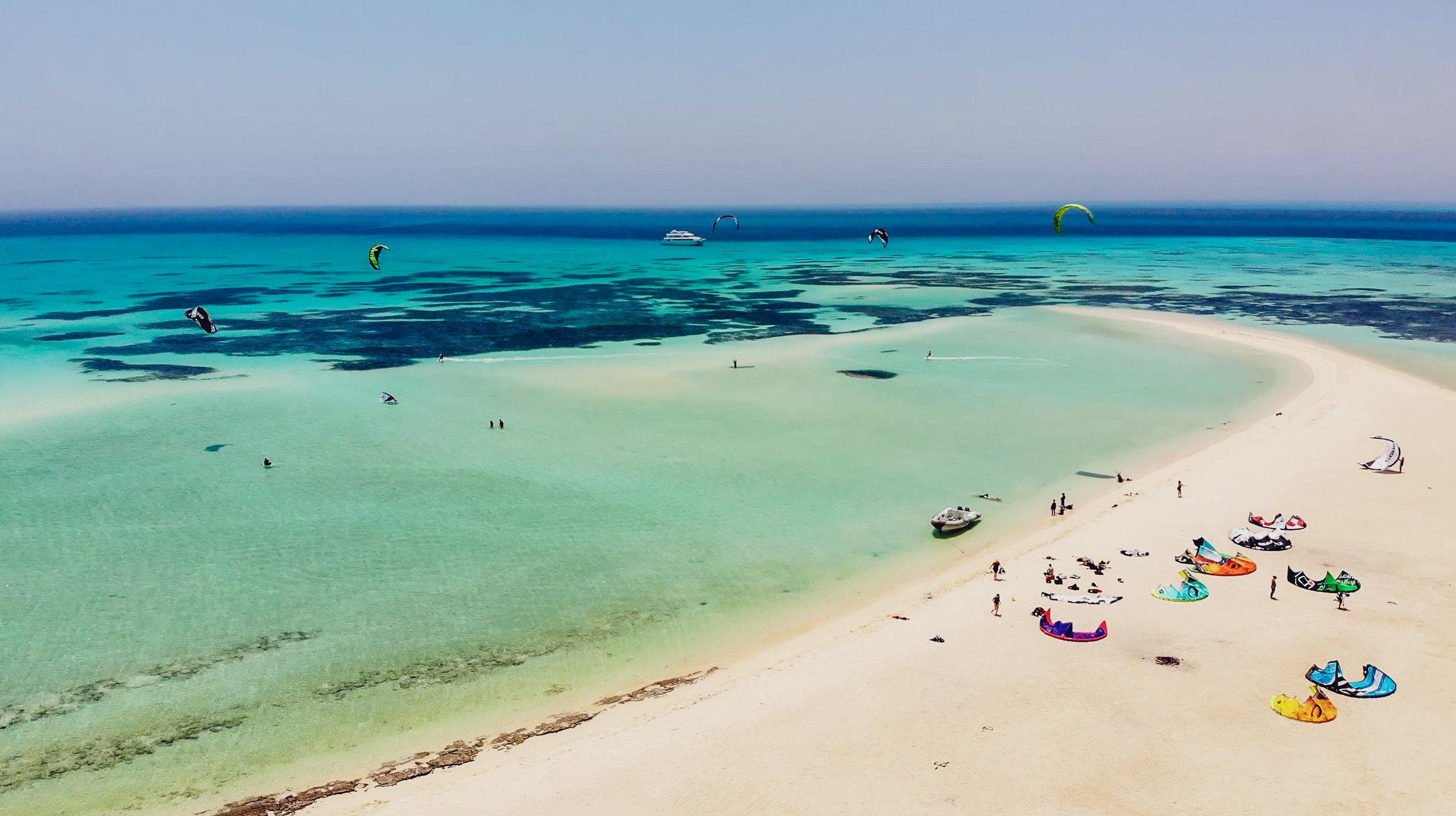 Kitesurfing Cruises and Holidays