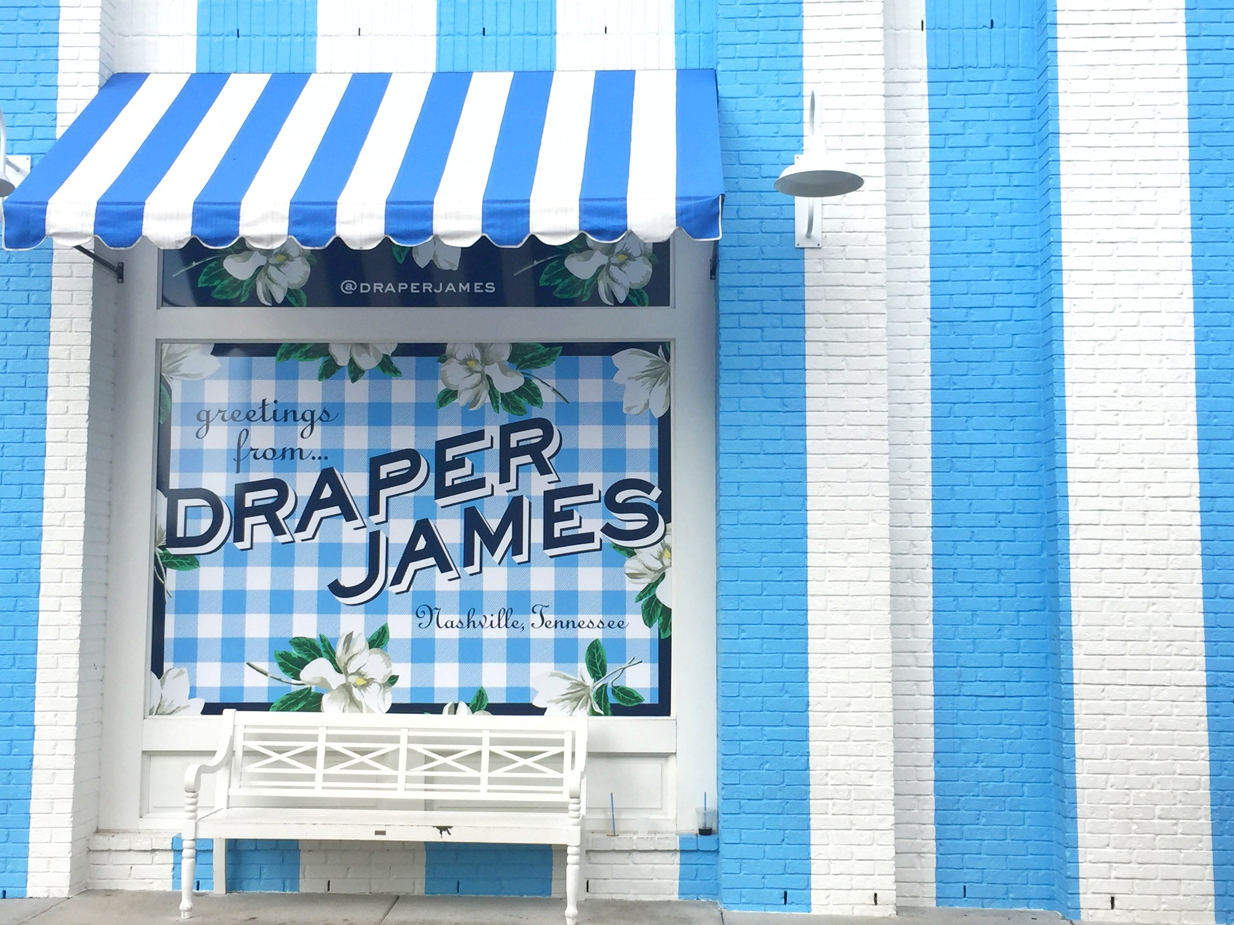 Disclosure: I will earn commission if you make a purchase from the Draper James links below.