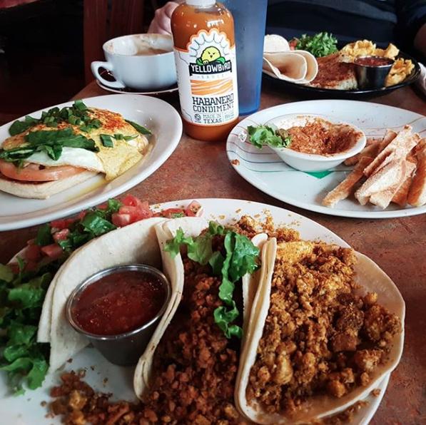Bouldin Creek Cafe Vegan Tacos – photo via  @smashcrashboom