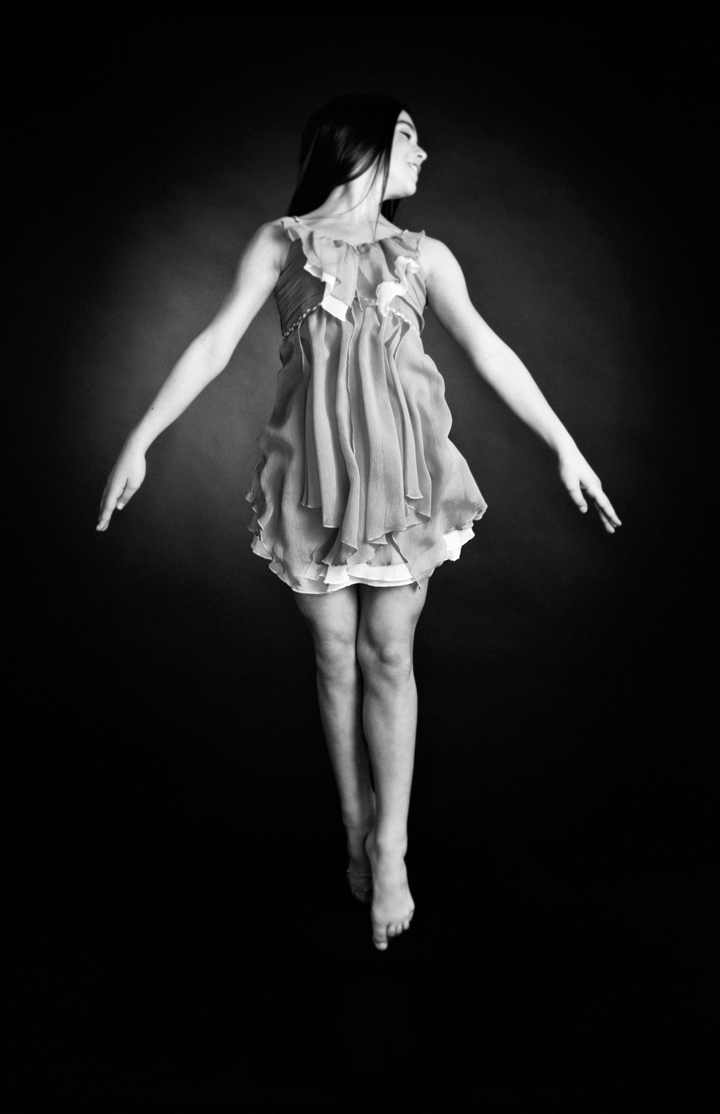 Brianna- dancer -portrait.jpg
