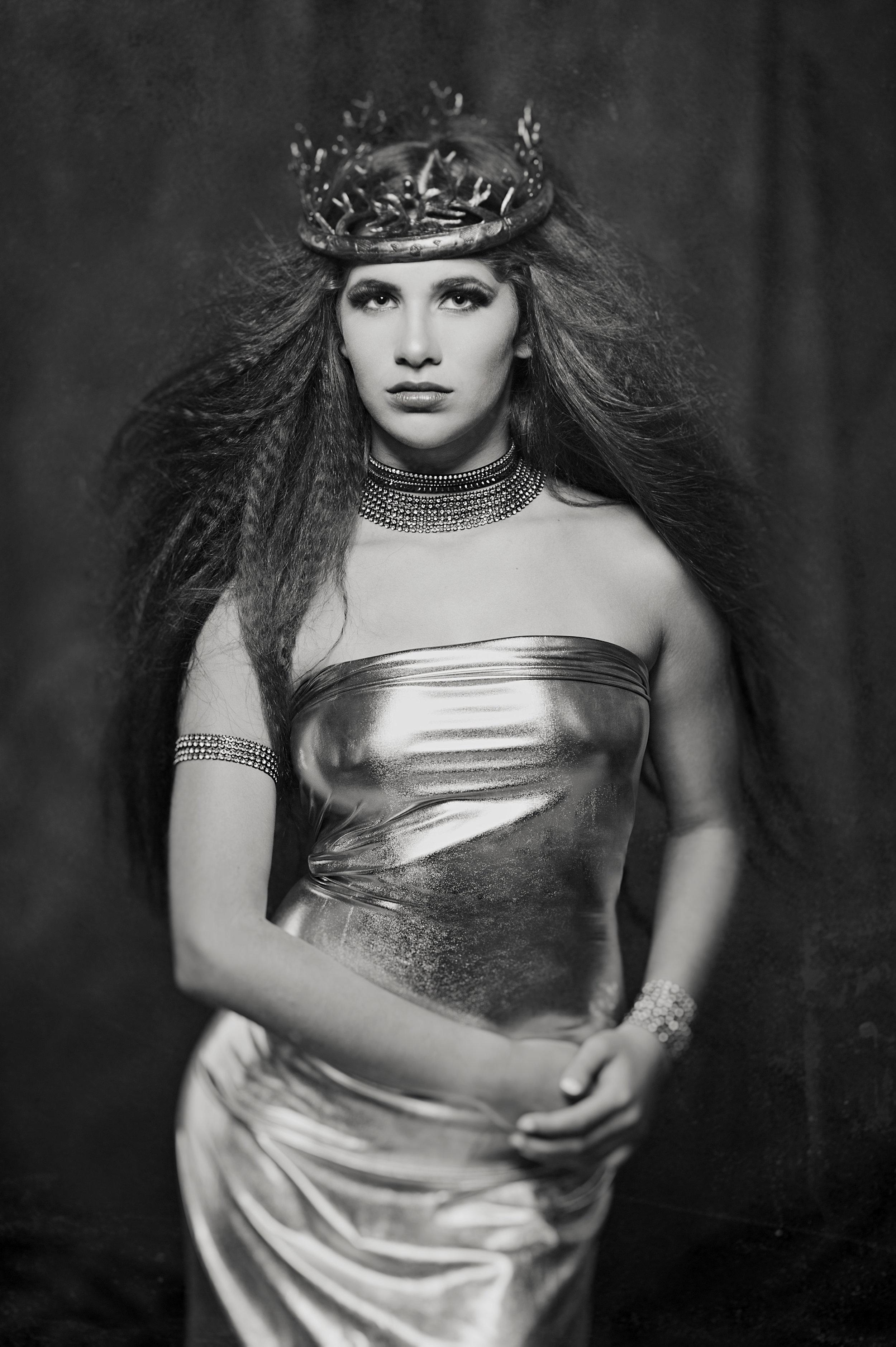 Marta Hewson Gold Queen black and white.jpg