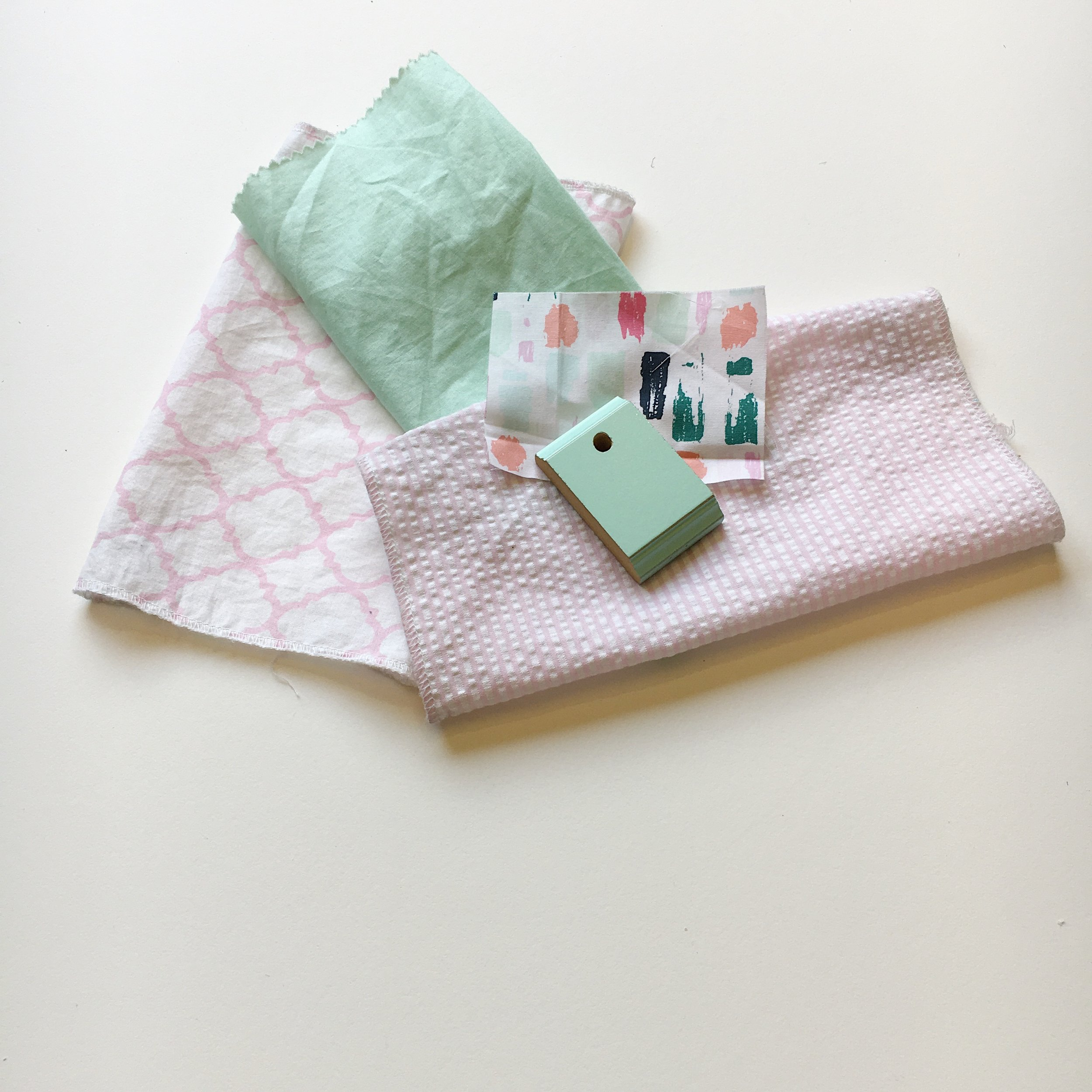 Bebe Chic w/ Newport Cottages