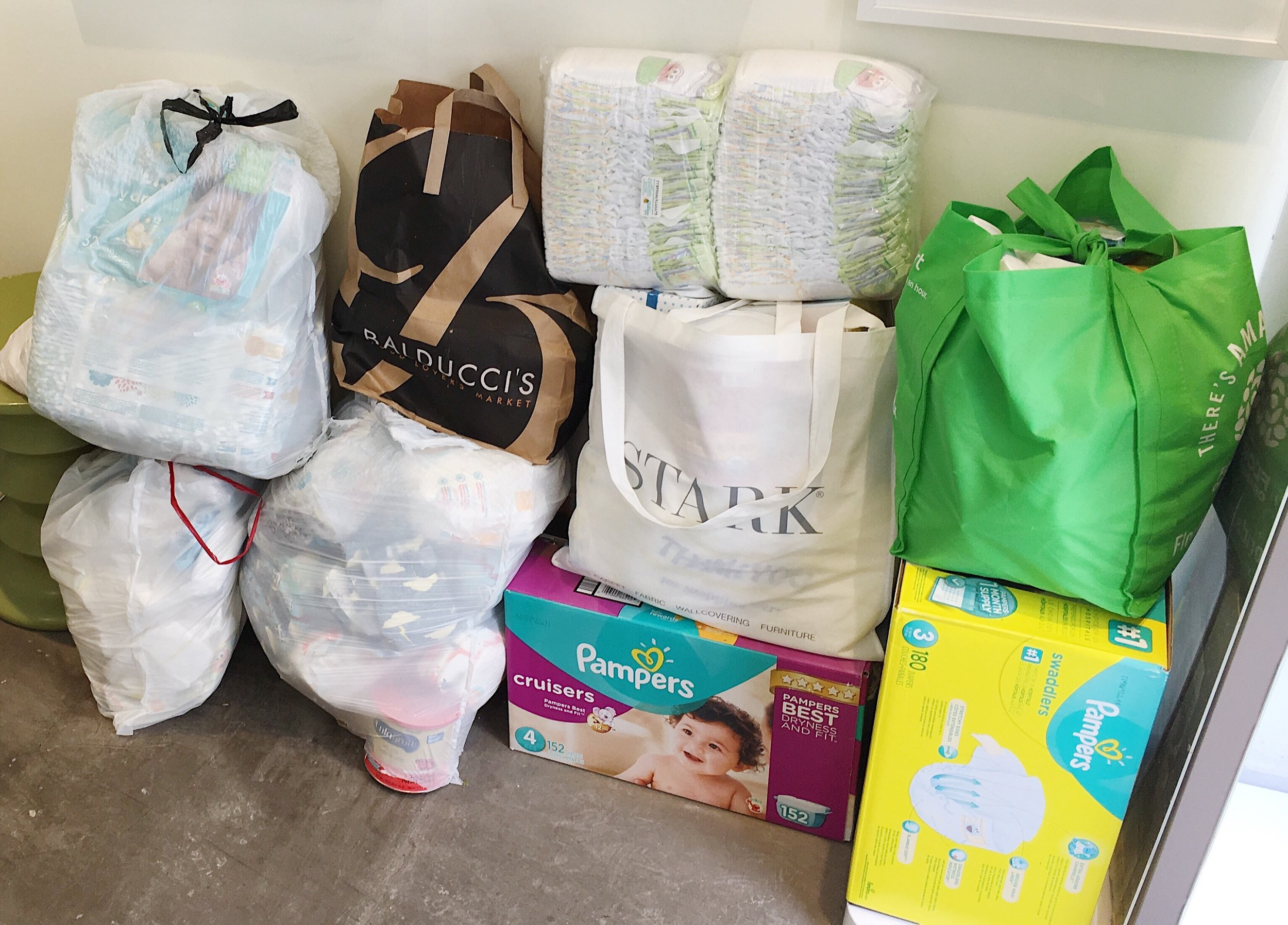 Everly & Monet donates to the DC Diaper Bank