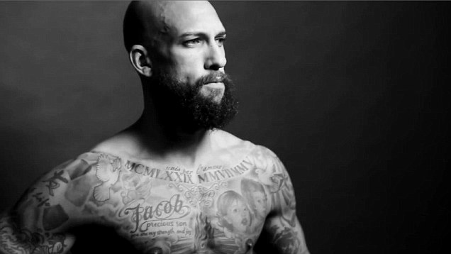 MULTIRACIAL MAN CRUSH MONDAY: TIM HOWARD via Swirl Nation Blog