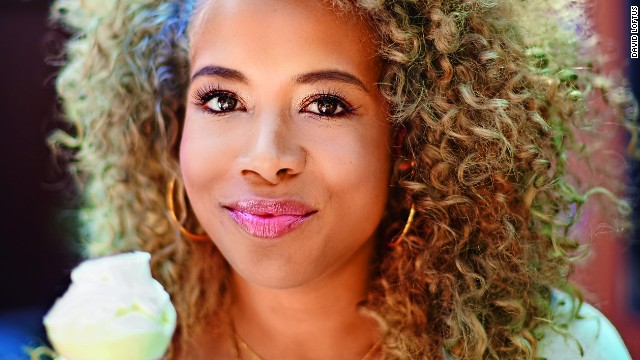 Kelis. The musician was born to a black father and a Puerto Rican and Chinese mother.