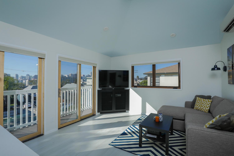 7. living- upper 2 415 20th St San Diego CA 92102-large-035-15-415 20th St Interior-1500x1000-72dpi.jpg*.jpg