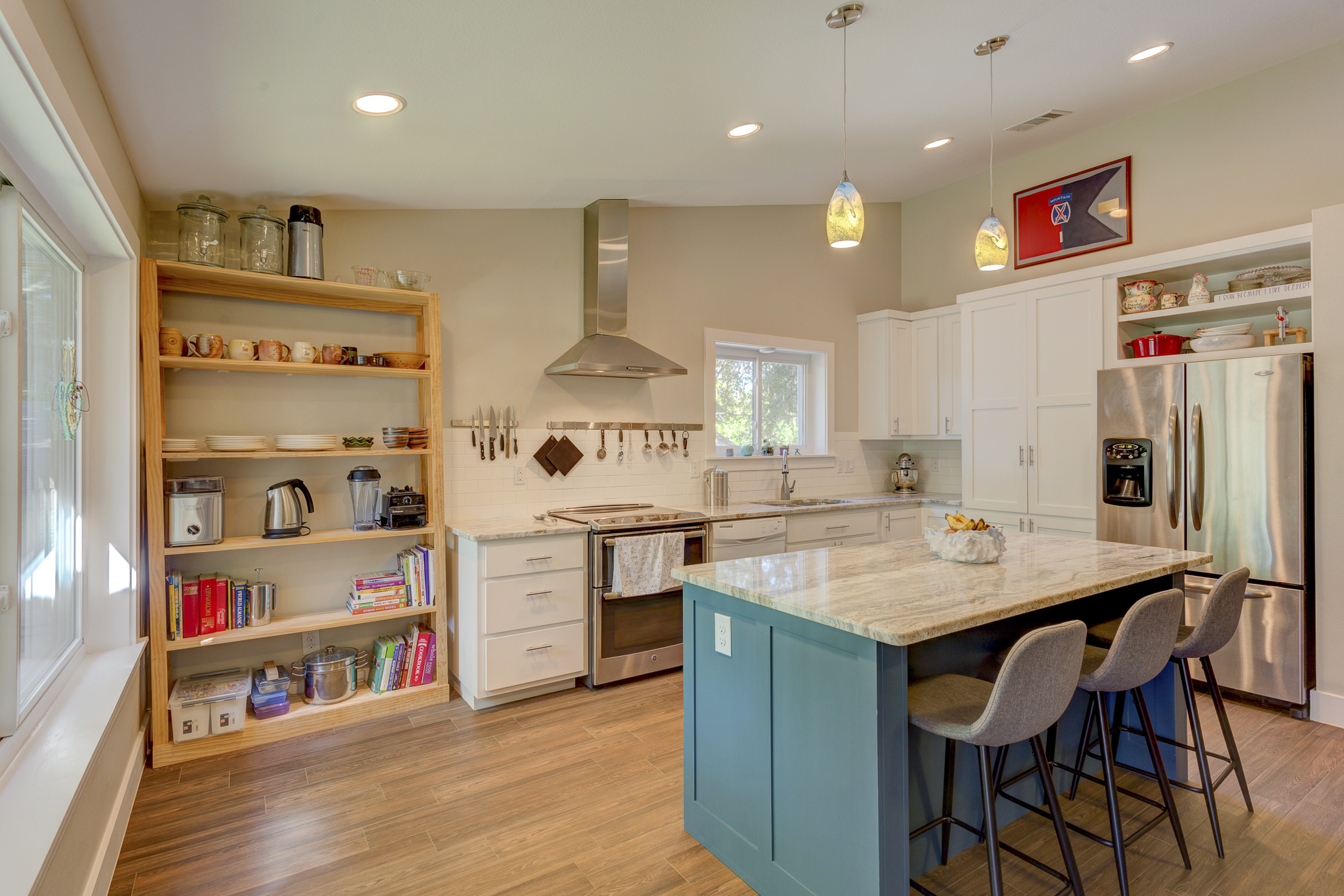 1c- kitchen RealEstate-8*.jpg