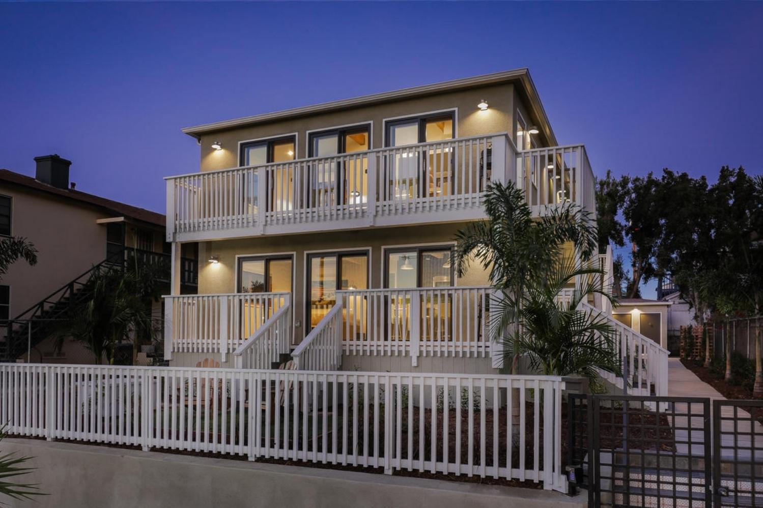 SAN DIEGO MODERN COASTAL APARTMENTS - A Stunning Apartment Building Transformation