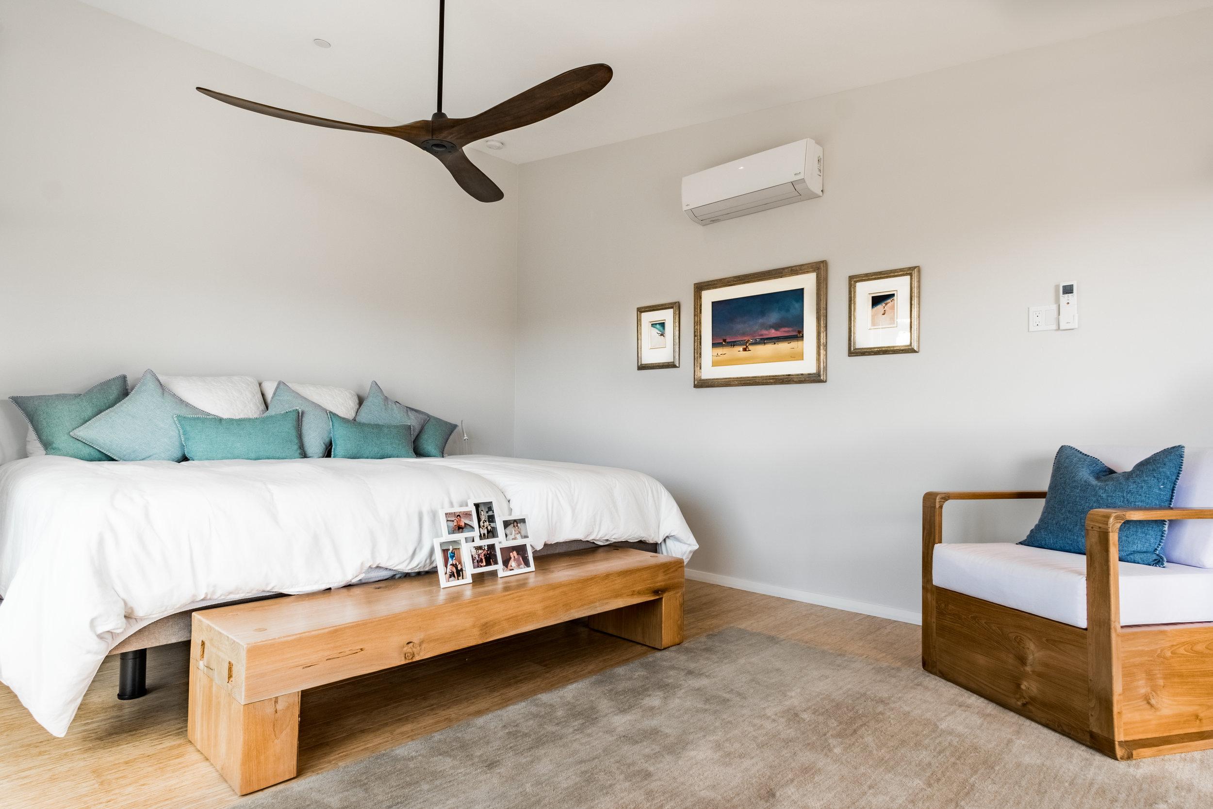 Cozy Minimalist San Diego Home @MeldrumDesign