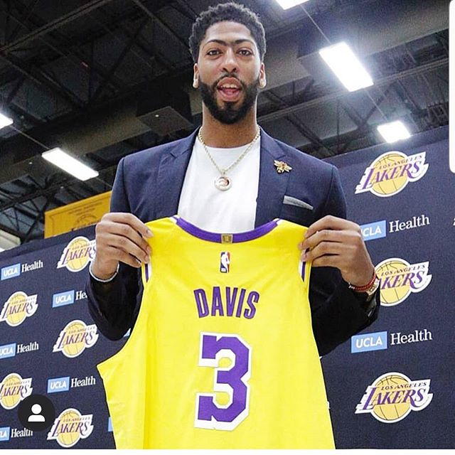 Anthony Davis says he would put the #lakers roster up against anyone! Thoughts? Are the Lakers a lock to win the title next season? #nba #sports #sportstalkradio #sportsnews #sportstalk #thatsgame #thatgamesports #getinthegame