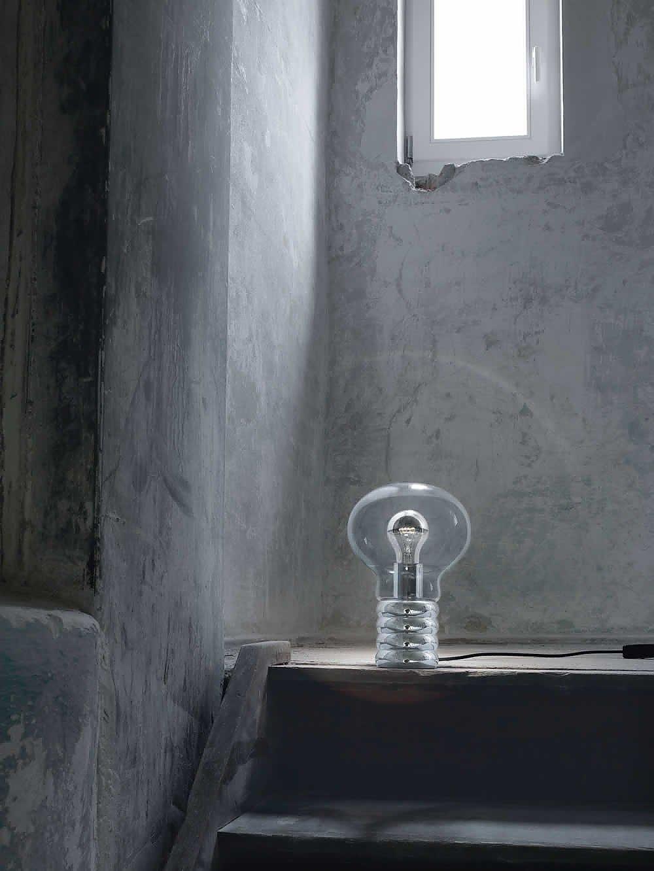 bulb_showroom.jpg