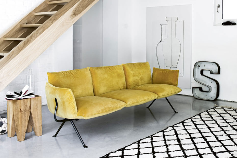 Officina_3seater_sofa_ocher_171020_132641.jpg