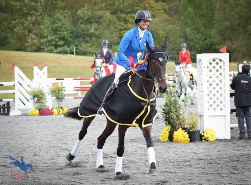 2016 Recipient of the Rebecca Broussard International Developing Riders Grant - Jennie Brannigan