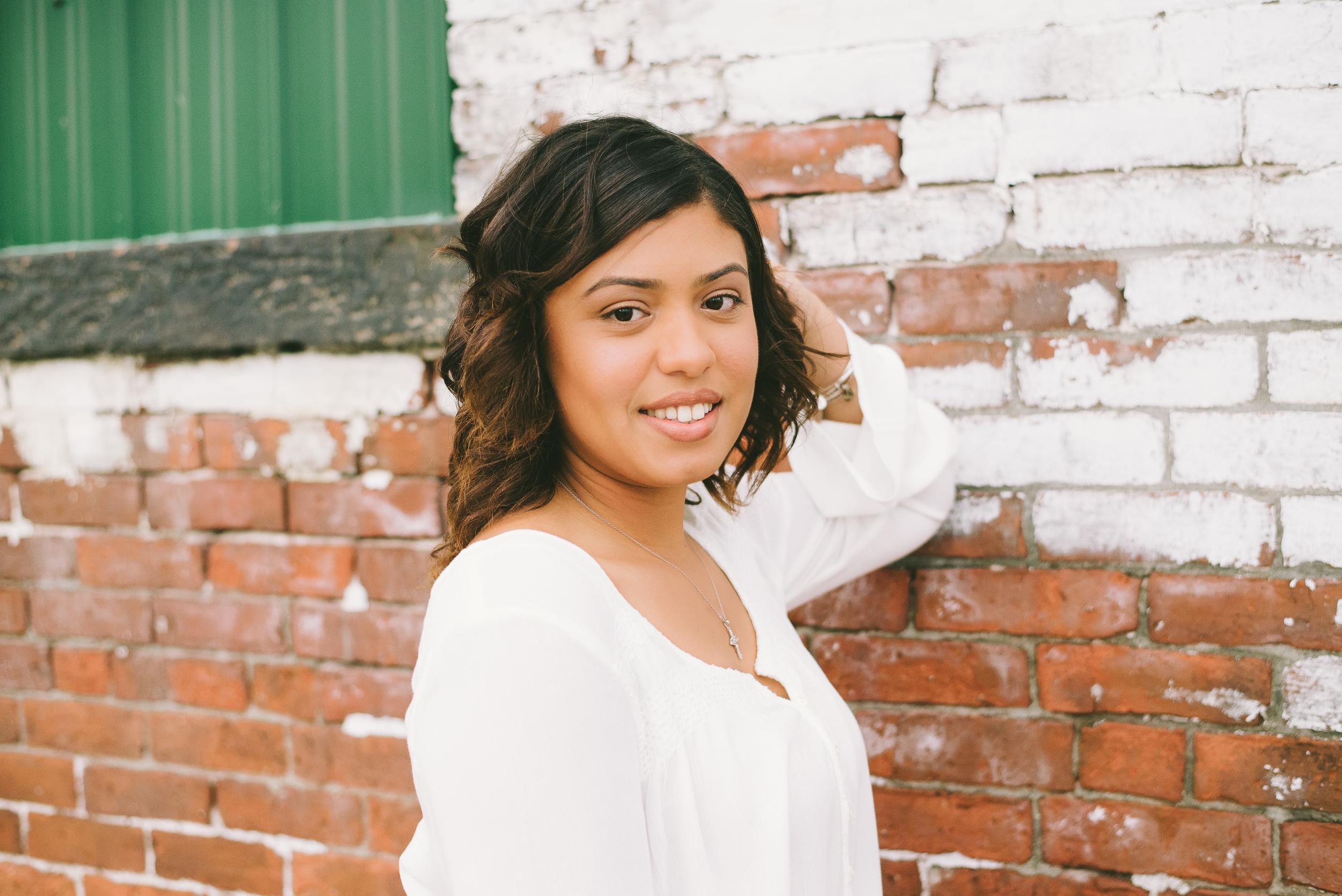 Megan Fuss Photography Senior Chantilly 00003.jpg