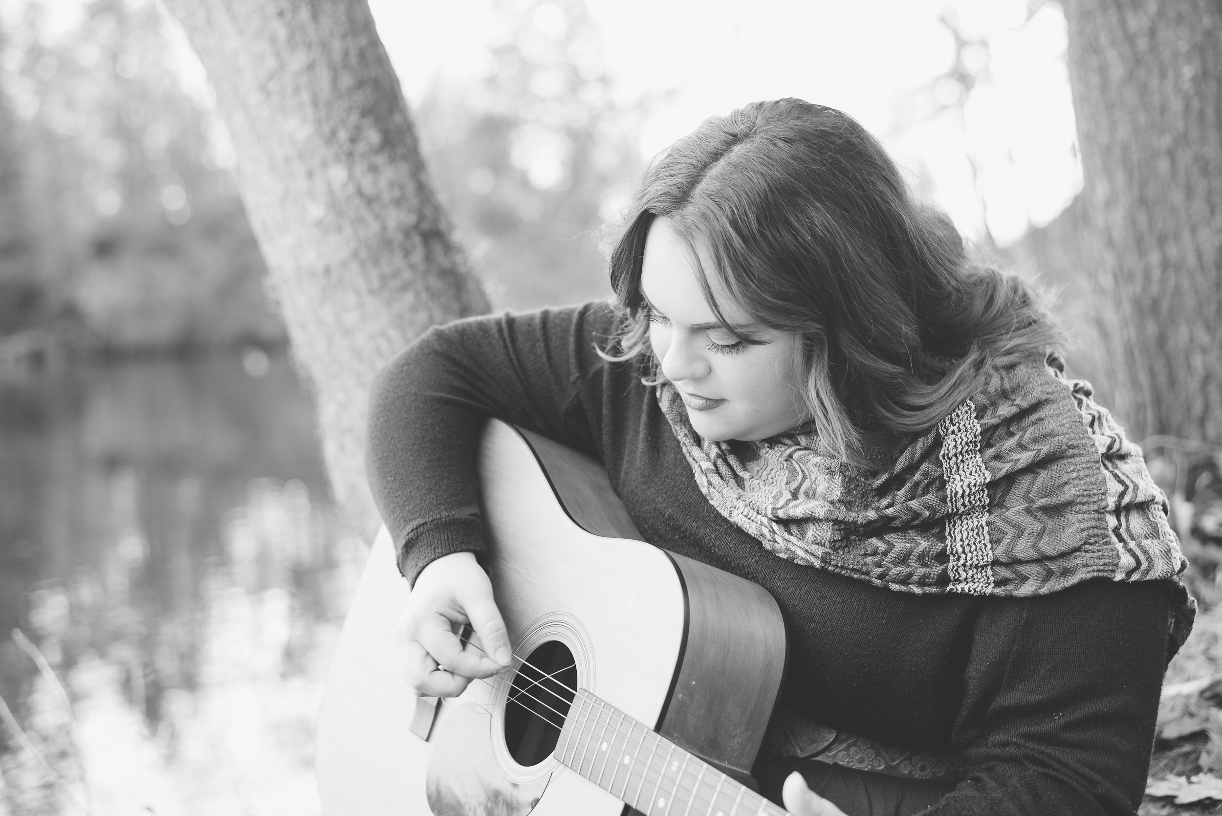 Megan Fuss Photography Senior Chloe 00002.jpg