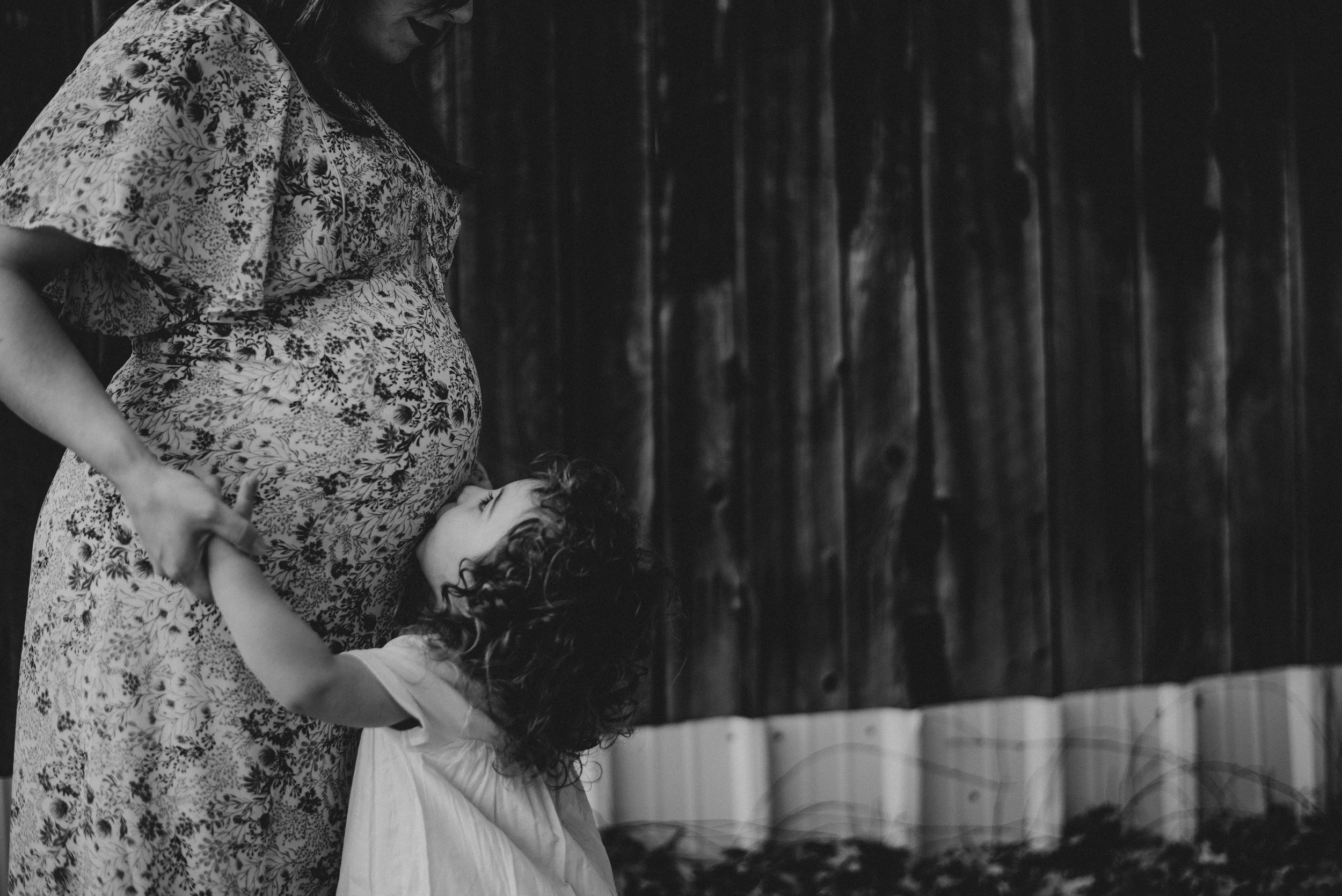 Megan Fuss Photography Maternity Family Session 00003.jpg