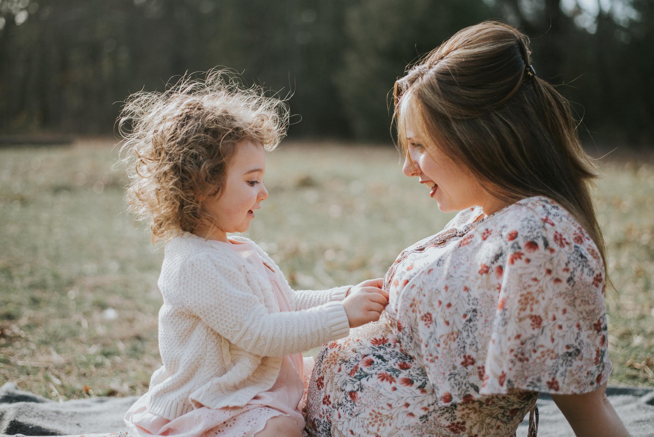 Megan Fuss Photography Maternity Family Session 00009.jpg