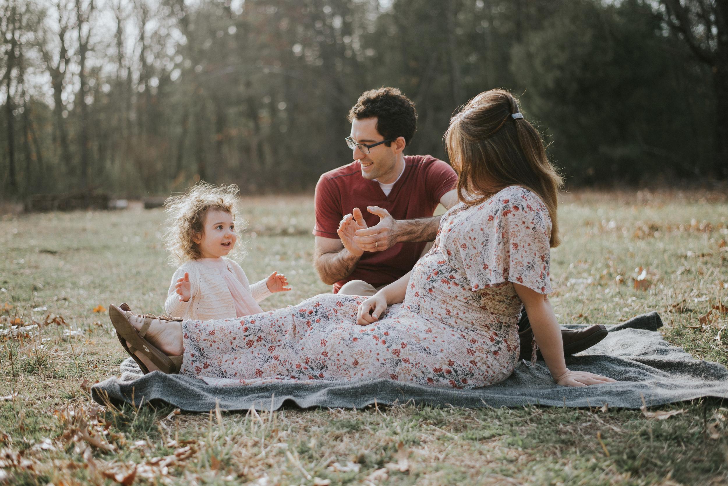 Megan Fuss Photography Maternity Family Session 00011.jpg