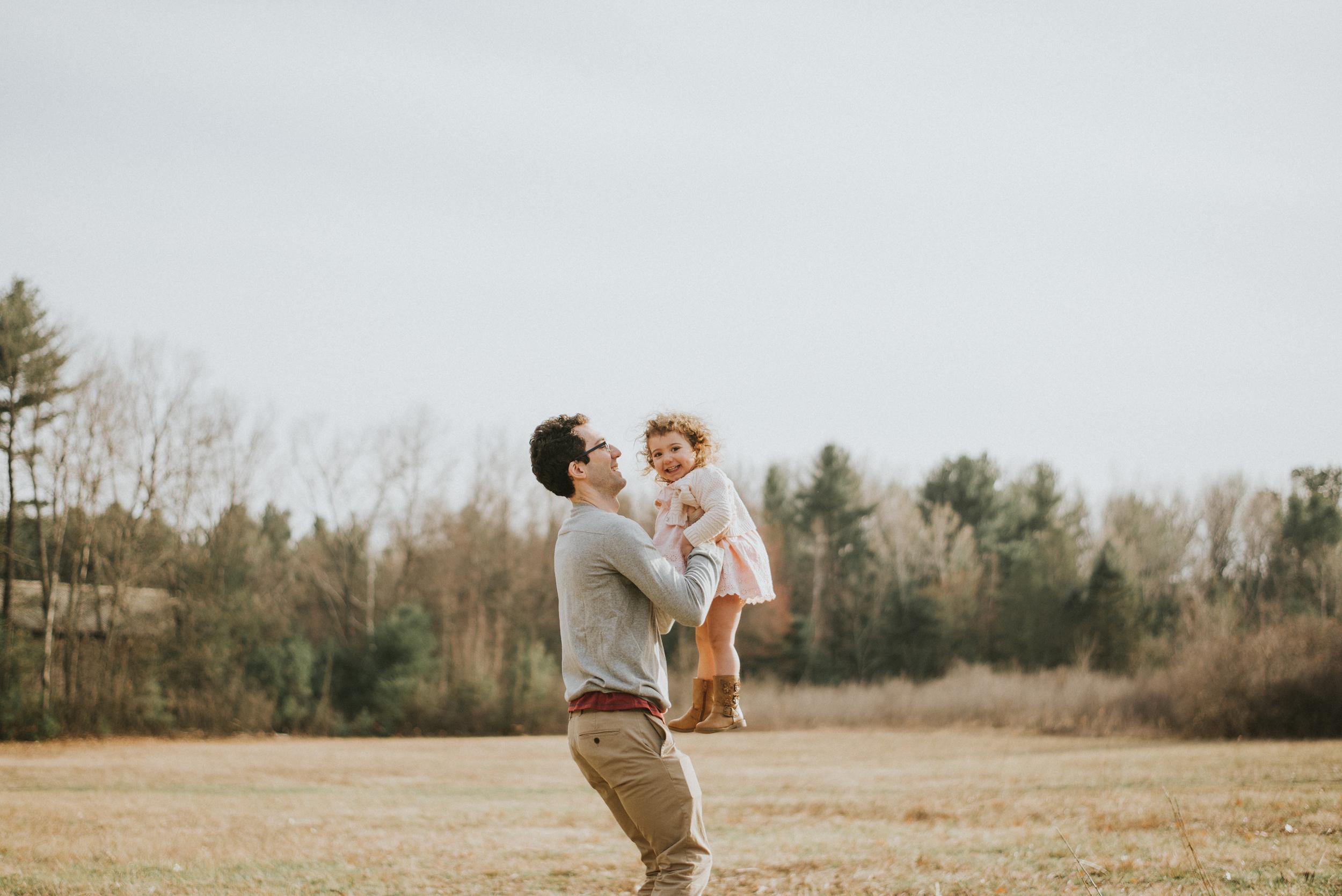 Megan Fuss Photography Maternity Family Session 00017.jpg