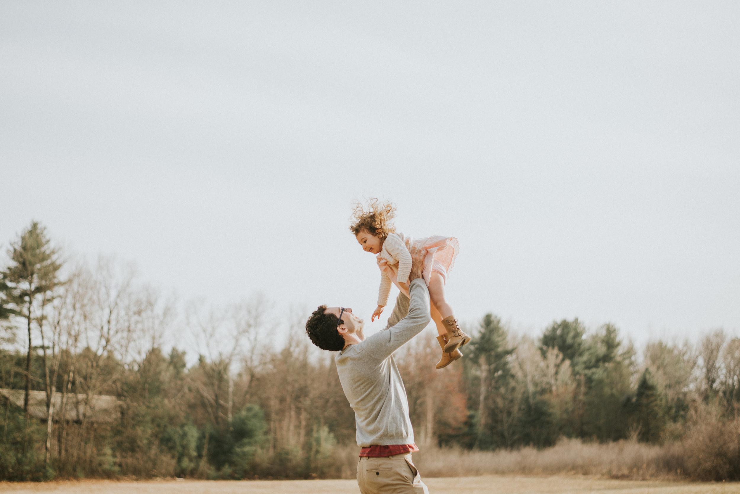 Megan Fuss Photography Maternity Family Session 00019.jpg