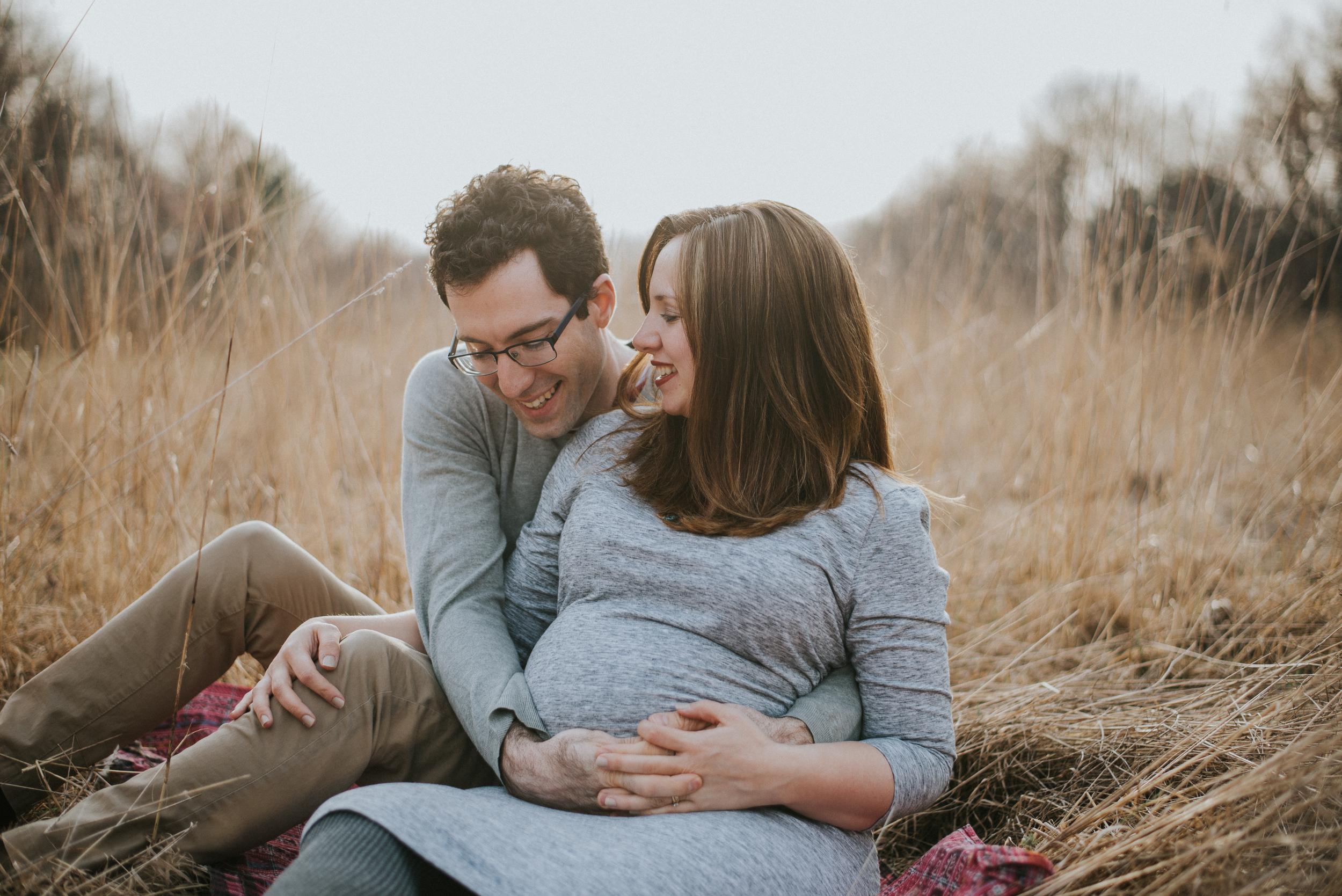 Megan Fuss Photography Maternity Family Session 00022.jpg