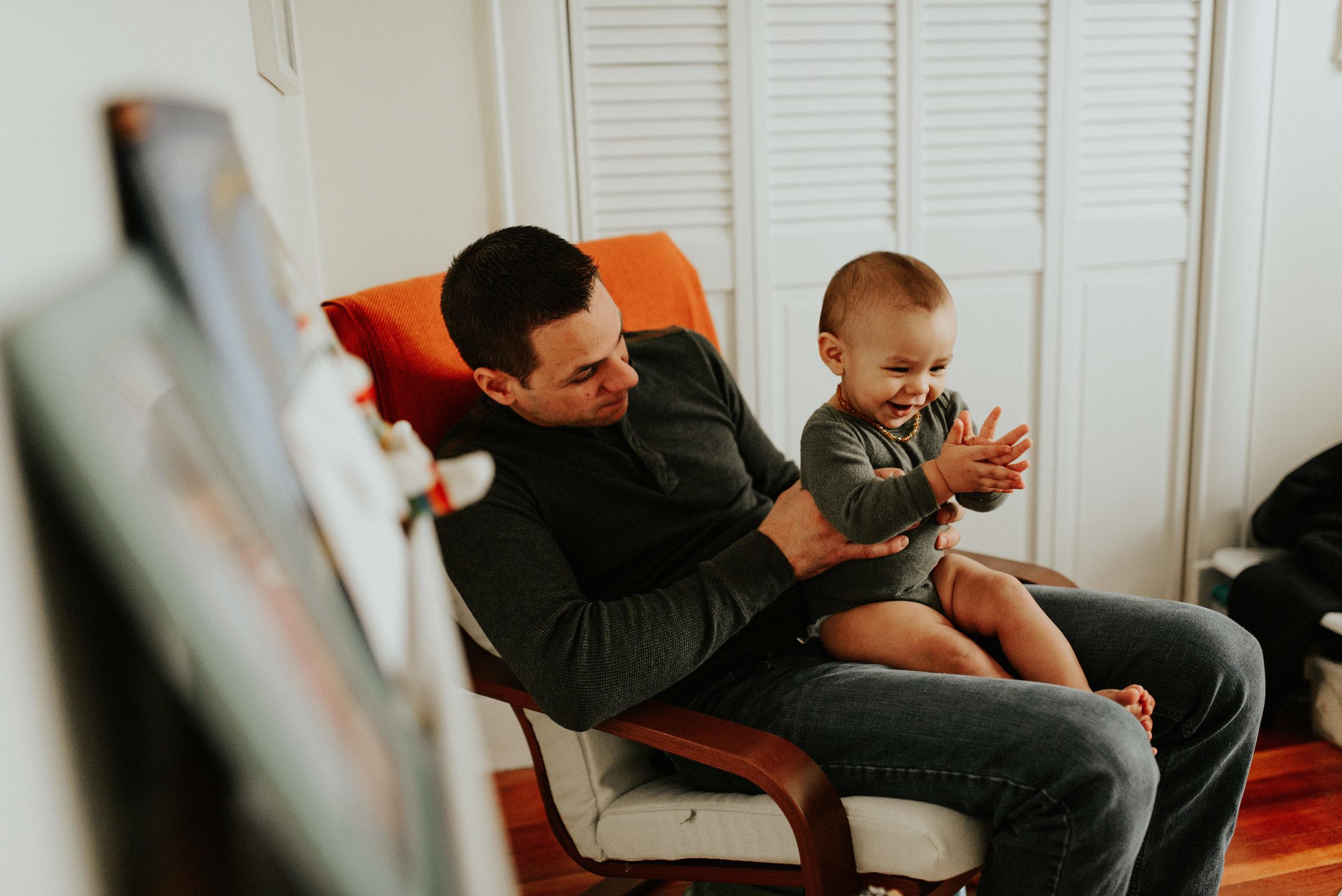 Hilchey-Massachusetts-In Home Lifestyle-Winter Family Session-Photographer-00159.jpg