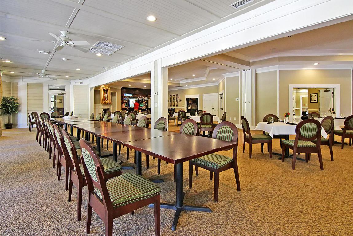 Club house dining.jpg