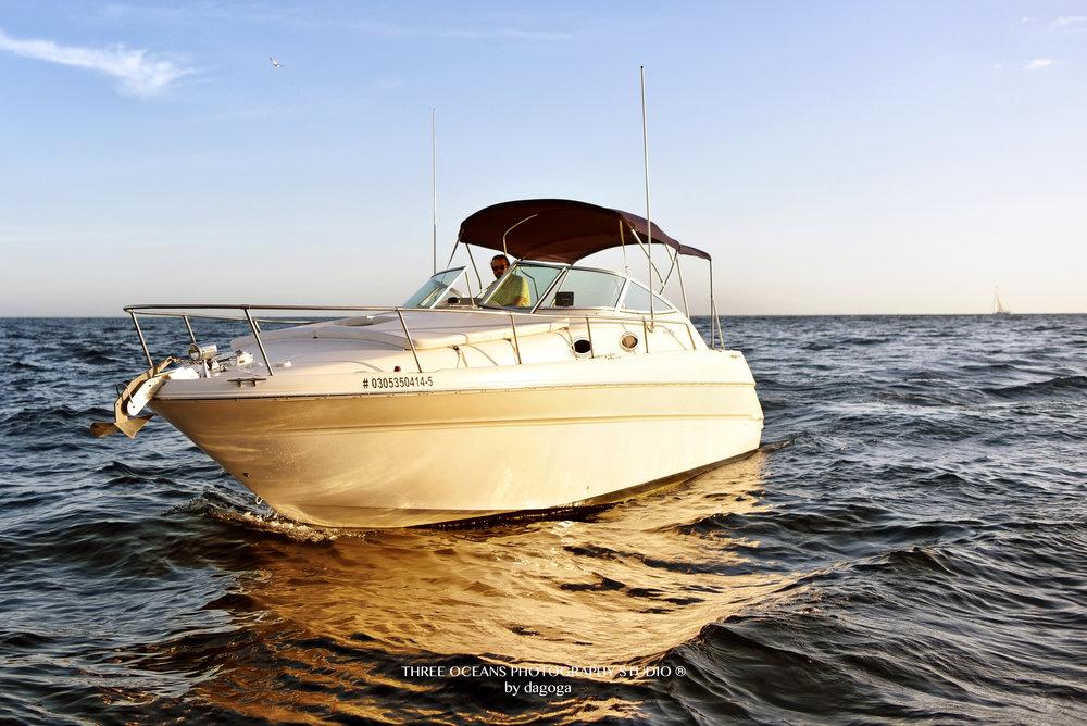 """NAS"" 30ft Sea Ray Sundancer"