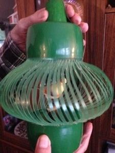 Cage d'oiseau faite d'une bouteille de 7Up
