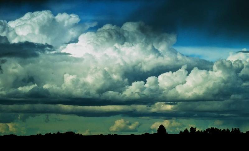 LOLS-Storytime-clouds.jpg