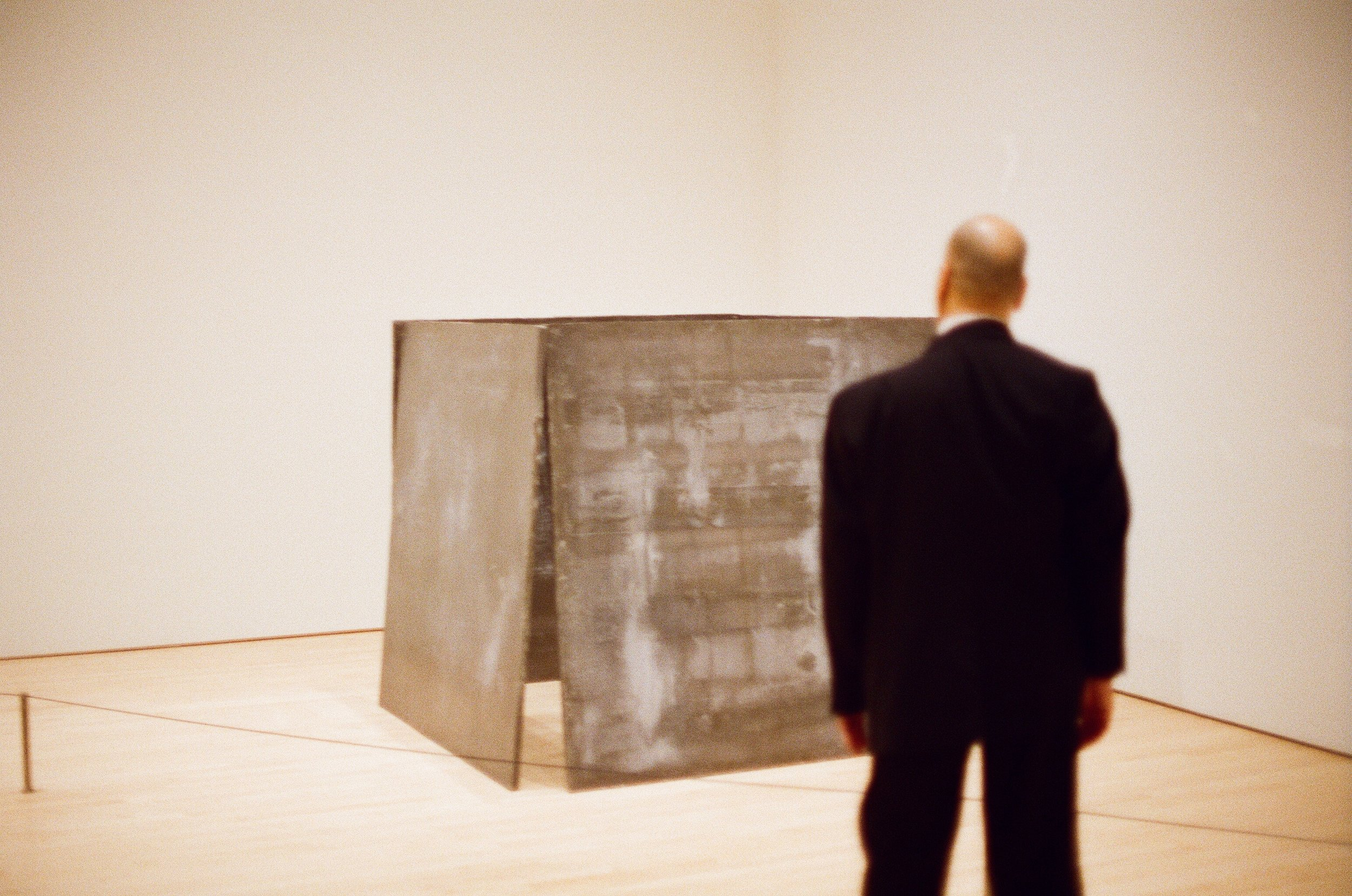 Richard Serra and Docent, SFMOMA