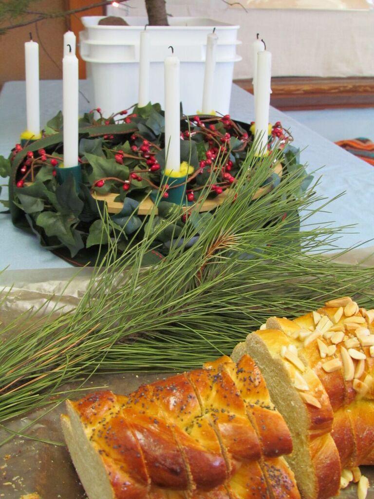 Festivals - SL bread & wreath.jpeg