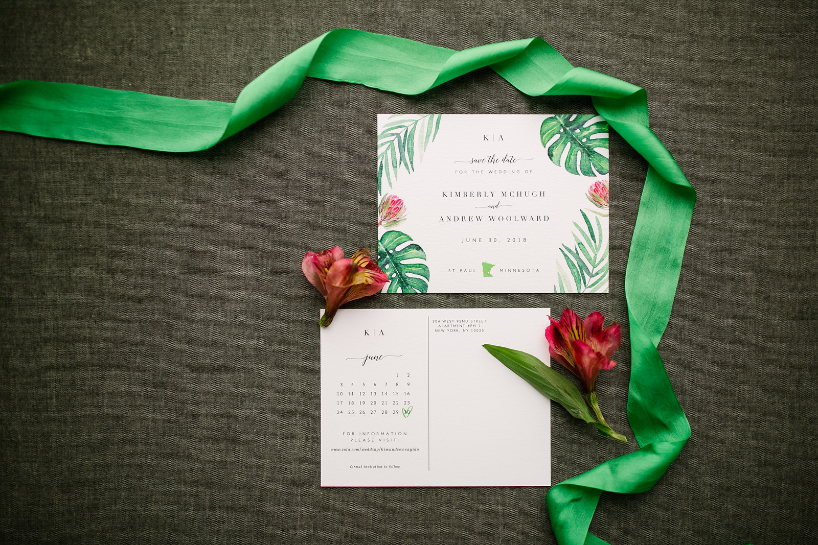 Vibrant and unique save the dates with a tropical touch!
