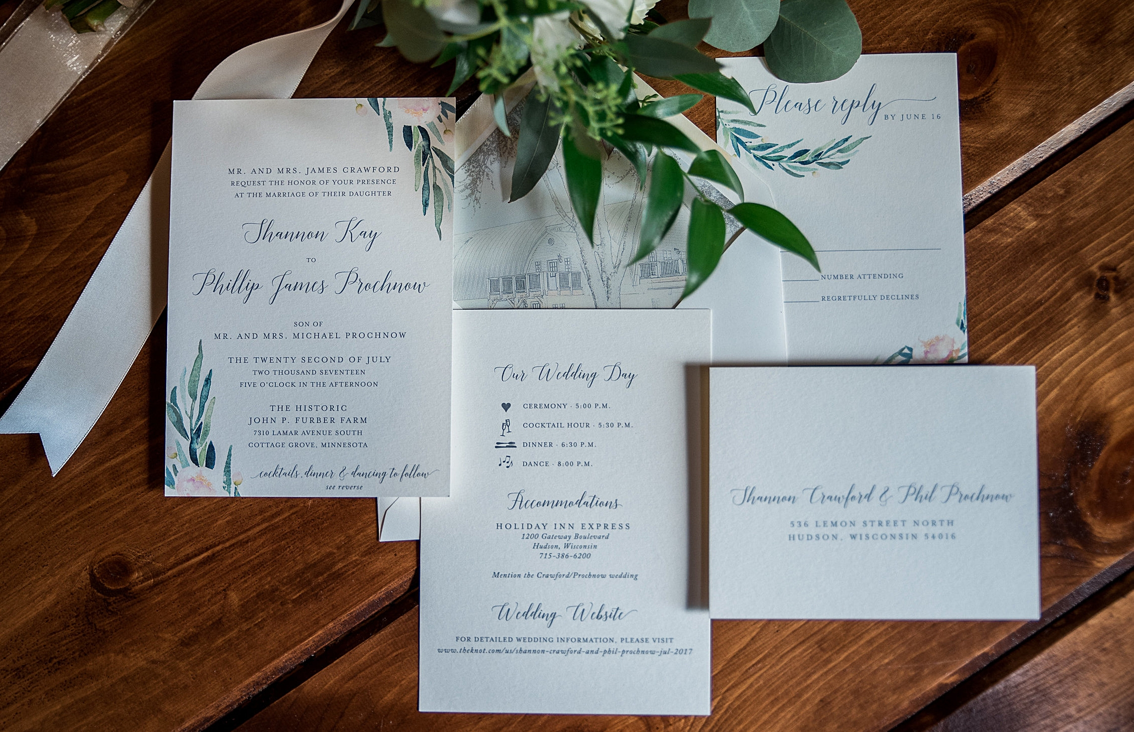 Light and breezy floral design meets an unexpected twist with a custom envelope liner!