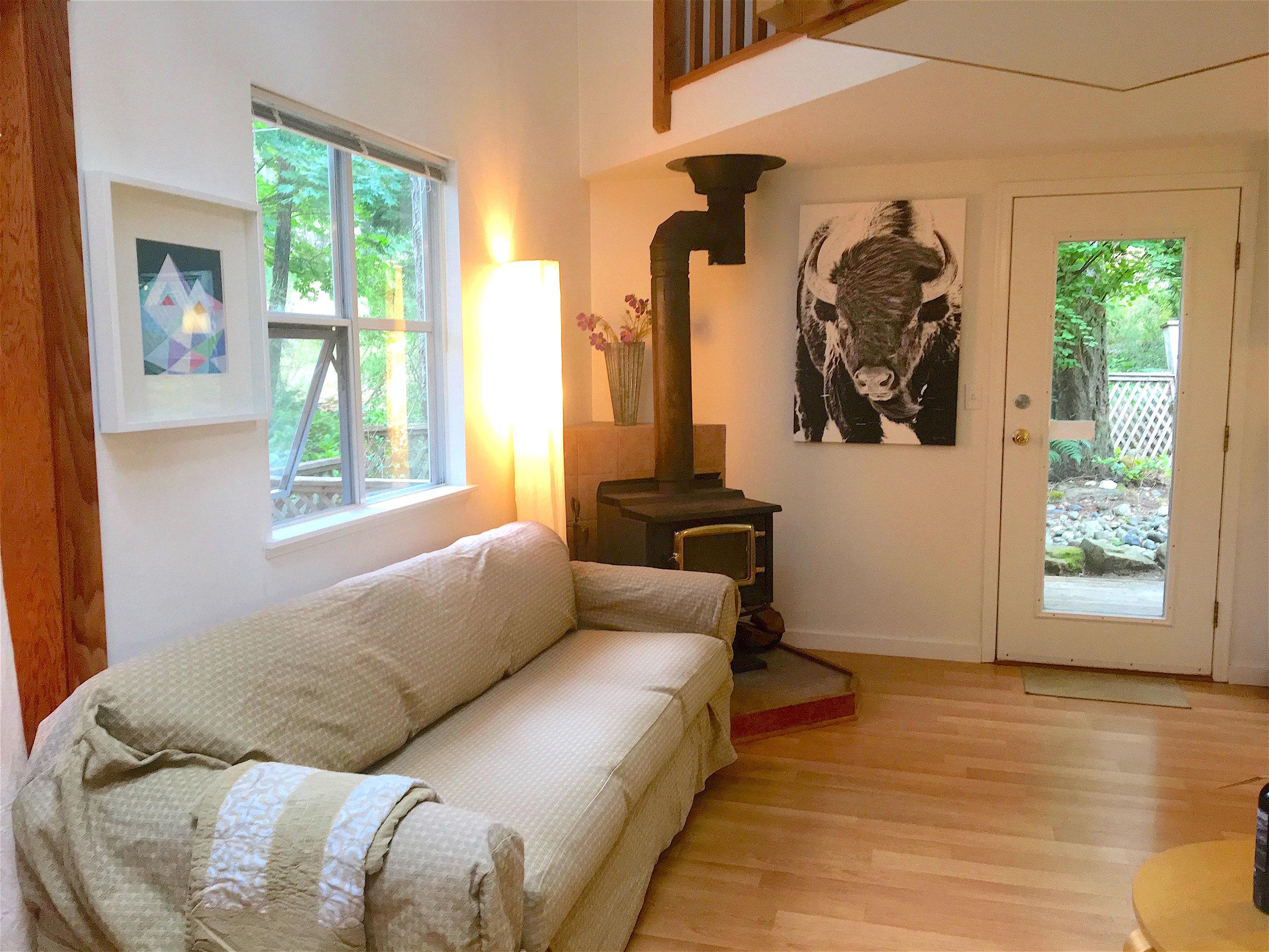 Cottage Livingroom 2.jpg