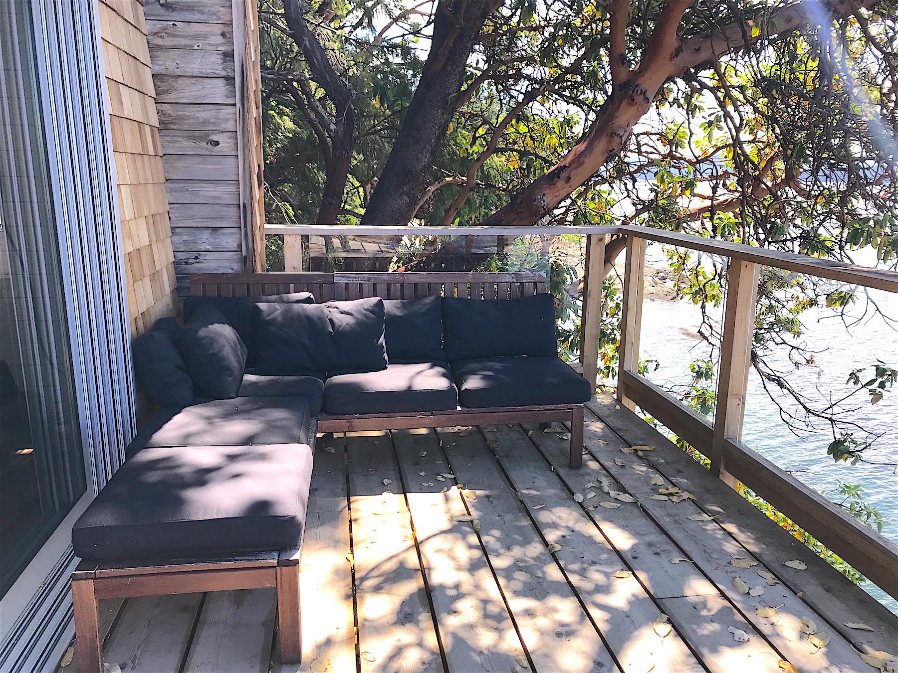 Deck lounge area H - 21455 Porlier Pass.jpeg